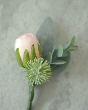 Rebekka collection buttonhole