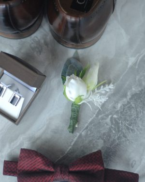 elizabeth buttonhole hire and admire blooms