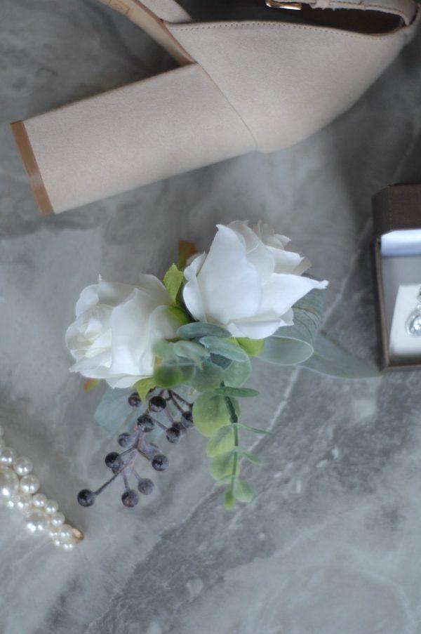 Elizabeth corsage hire admire blooms