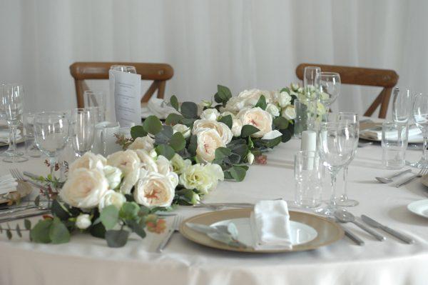Clara Table Garland