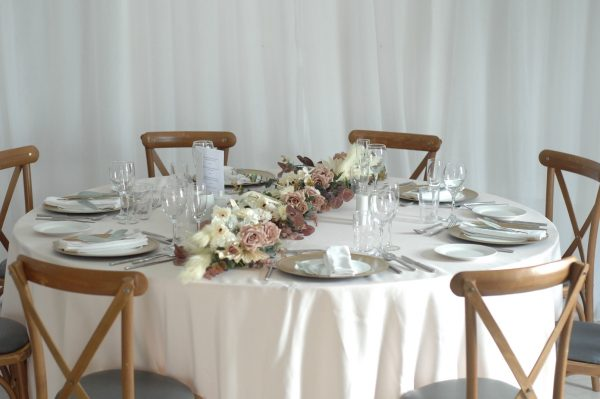 olivia table garland