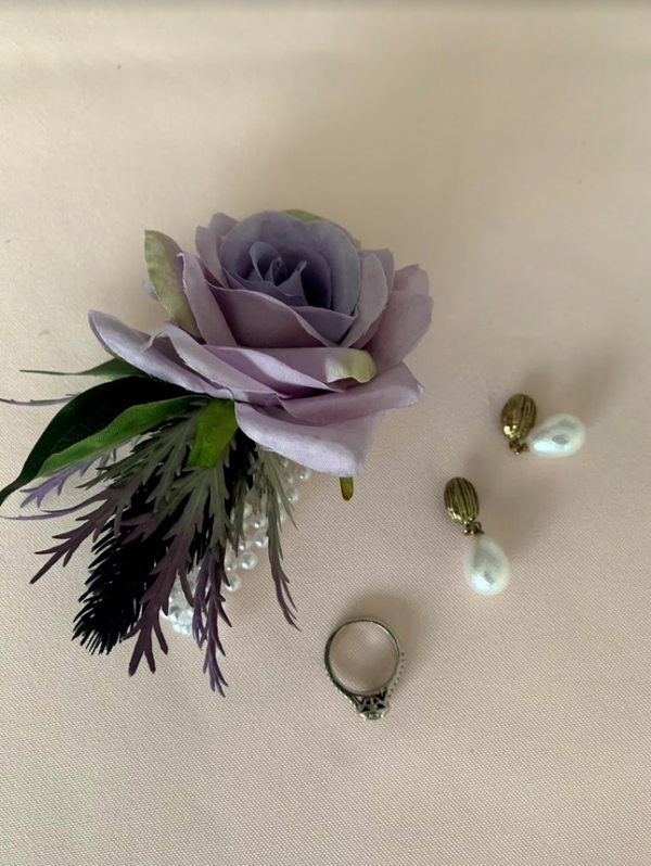 louise corsage